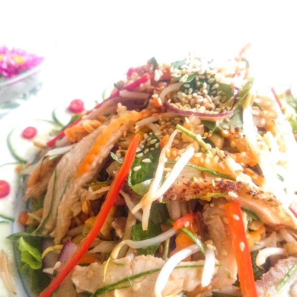 Nộm gà đông tảo món ngon dễ làm
